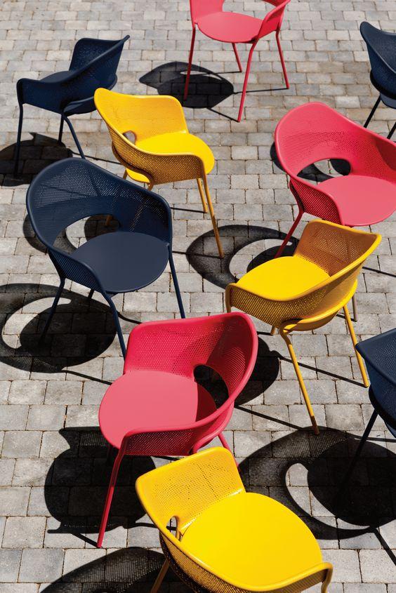 Mobilier jardin couleur